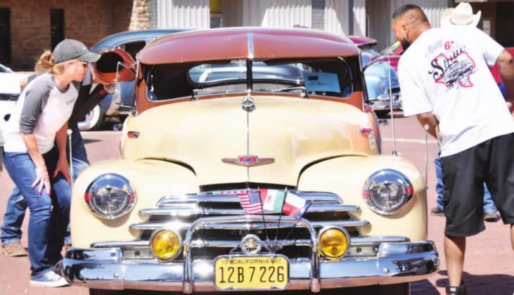 Car show attracts crowd