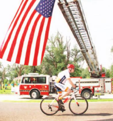Cyclists help fight against MS